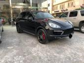 Porsche Cayenne S V8 معدل توربو في الشركة
