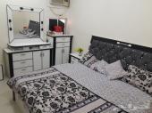 غرفة نوم شبه الجديد