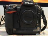Nikon D3 و  عدسة نيكون نيكور 24-70 مم AF-S 24
