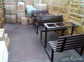 طاولات وكراسي مدارس