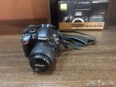 كاميرا نيكون D3200 شبه جديدة للبيع