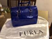 شنطة فورلا اصلية مستعملة للبيع (Furla)