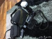 كاميرا نيكون D5100 وكاميرا سوني فيديو يدويه