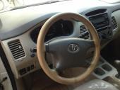 سيارة اينوفا موديل 2009 نظيفة