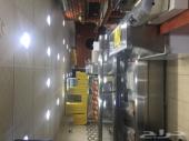 معدات مطعم للبيع بالكامل
