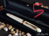 مزاد ( منتهي ) على قلم فخم وثقيل