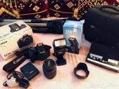 للبيع كاميرا كانونD1100 و نيكون D3100