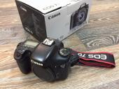 كاميرا كانون 7D مستعمله للبيع