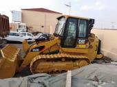 معدات وشاحنات فولفو للبيع