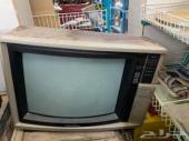 تلفزيون سوني خشبي قديم لأهل التراث