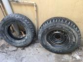 كفرات حجري مع الحنوط