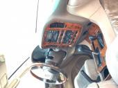 تايوتا لاندكروزر ابيض جيب VXR  2001