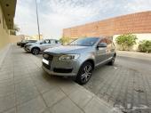 Audi Q7 للليع