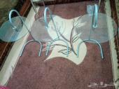 3 طاولات من ايكيا قزاز نظيفة