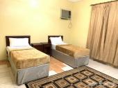 شقة مفروشة غرفتين وحمام ومطبخ اوفيس ب1000