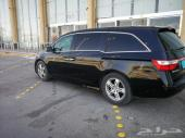 هوندا أوديسي 2012 مع سائقها للتنازل