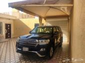 للبيع جيب لاندكروزر 2017 بحريني لون نادر
