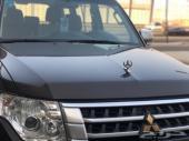 للبيع باجيرو 2017 فل علامة الذهبي نظيف جدا