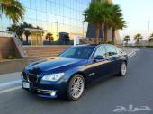 BMW 740 كحلي 2013 فل كامل شاشات وبروجكتر