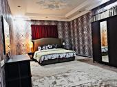 شقه من غرفه وصاله فرش راقي بموقع مميز بشمال ج