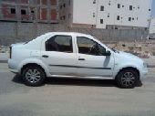 سيارة رينو لوجان موديل 2013 الحالة ممتازة