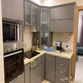 مطبخ وأجهزة كهربائية للبيع وغرفة نوم وكنب