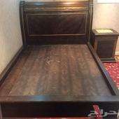 غرفة نوم صيني بحالة جيدة للبيع