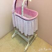 سرير اطفال حديث الولادة