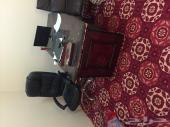 للبيع اثاث مكتب طاولات ودولايب وكراسي