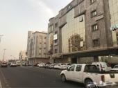 مكاتب ومحلات للإيجار بموقع مميز بالمدينة