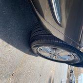 للبيع سيارة كيا كارنز 2011 قمة بالنظافة