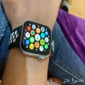 Apple watch series 5 40mm white. less than al