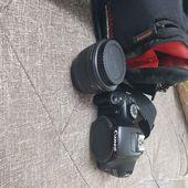 كاميرا كانون 1100D شبه جديده بالخرج