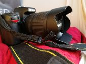 للبيع كاميرا نيكون 7000D منوه المستخدم