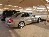 Mercedes Benz E2400    2005 model full option