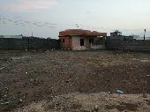 ارض بحوش وغرف بصك شرعي بالدرب مساحتها 810 م