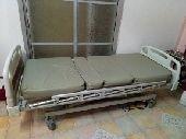 سرير طبي ومرتبه هوائيه