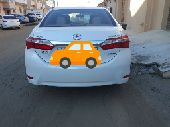 سيارة كورولا 2015 نظيفة