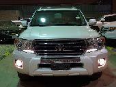 لاندكروزر GXR سعودي 2014 مخزن ماشي 11 الف فقط