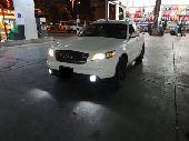 سيارة نظيفة للبيع