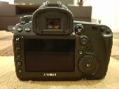 للبيع كاميرا Canon 5D MK IV