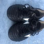 حذاء كرة قدم ميزينو