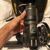 كاميرا نيكون D5300 - شبه جديده بجميع ملحقاتها