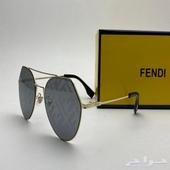نظارات فيندي عرض الاسبوع