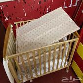 سرير اطفال كامل مع المرتبة