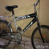 دراجة للبيع الرجاء التوصل الصامل فقط