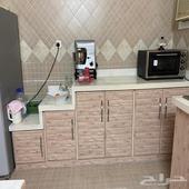 مطبخ نظيف موضح بالصور
