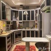 مطبخ رمادي واسود للبيع