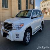 لاندكروزر 2013 GXR فل كامل سعودي