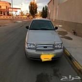 فورد كراون فكتوريا 2011 سعودي اللون ذهبي اللون الداخلي هلوز